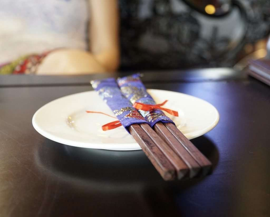 business culture in China at the dinning table